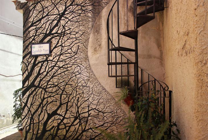 Силуэты людей и деревьев: восхитительный графичный стрит-арт от David de la Mano & Pablo S. Herrero